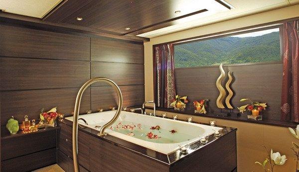 thiết kế phòng tắm spa6