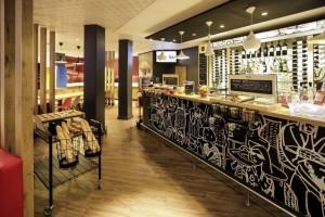 Mẹo thiết kế nội thất nhà hàng thu hút khách