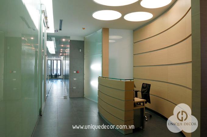 thiết kế nội thất văn phòng lễ tân