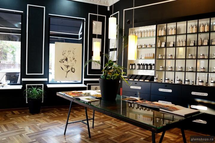 Phong cách thiết kế showroom đơn giản