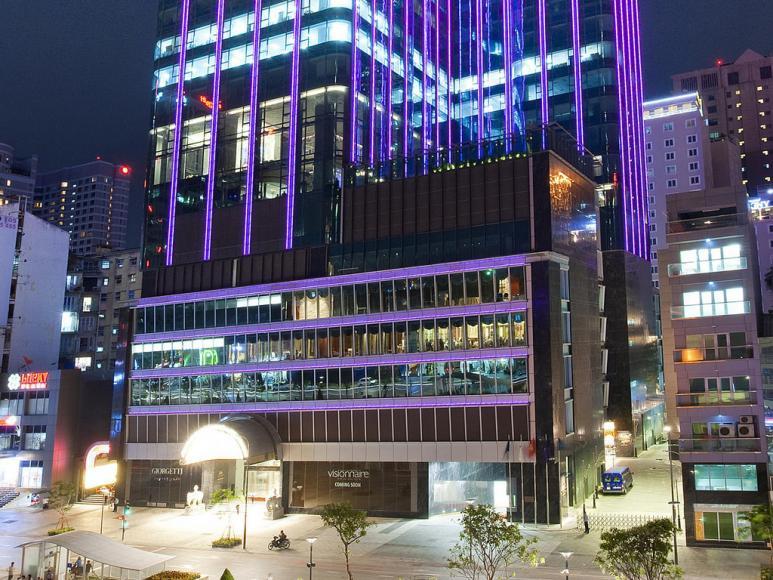 khách sạn The Revere Saigon1