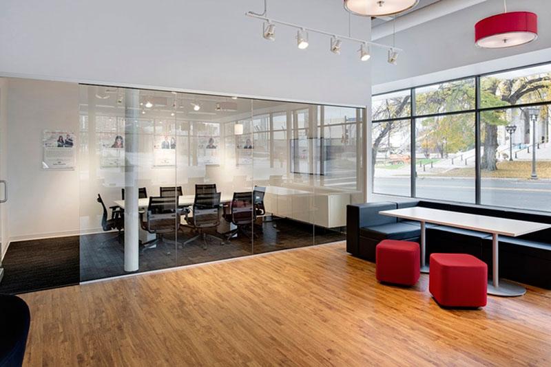 mẫu thiết kế văn phòng công ty BĐS14