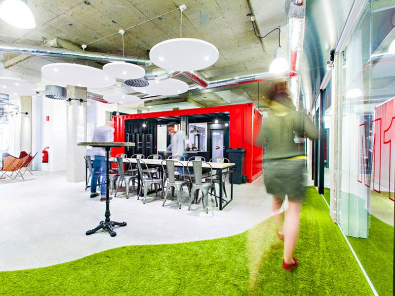 mẫu thiết kế văn phòng công ty BĐS15