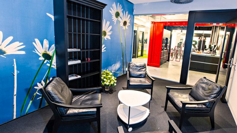 mẫu thiết kế văn phòng công ty BĐS16