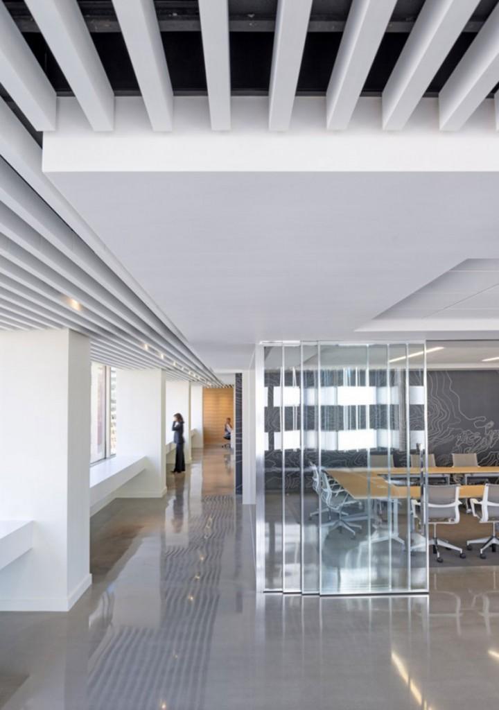 mẫu thiết kế văn phòng công ty BĐS4