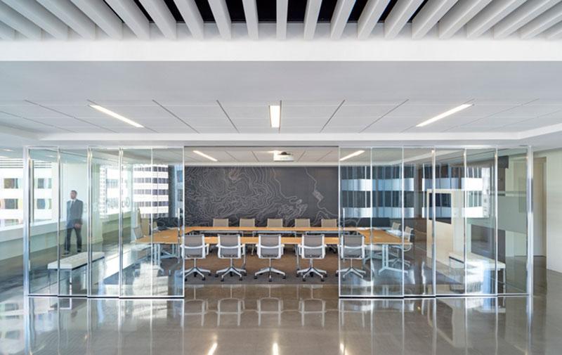 mẫu thiết kế văn phòng công ty BĐS5