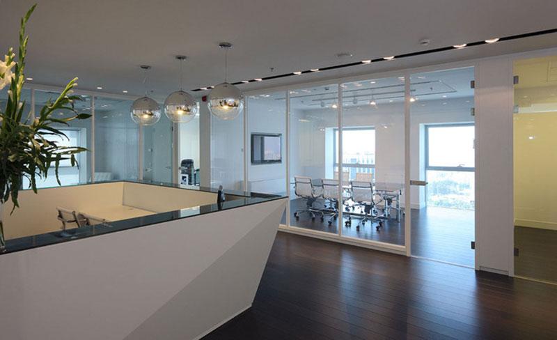 mẫu thiết kế văn phòng công ty BĐS8