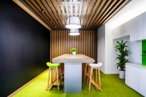 Sử dụng màu xanh lá cây trong thiết kế văn phòng 2020