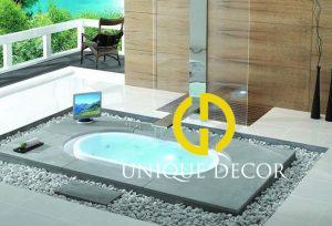 Mẫu phòng tắm với bồn tắm chìm